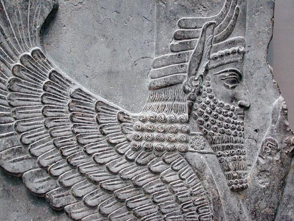 مجسمه ابولهول ريش دار با كلاه شاهي
