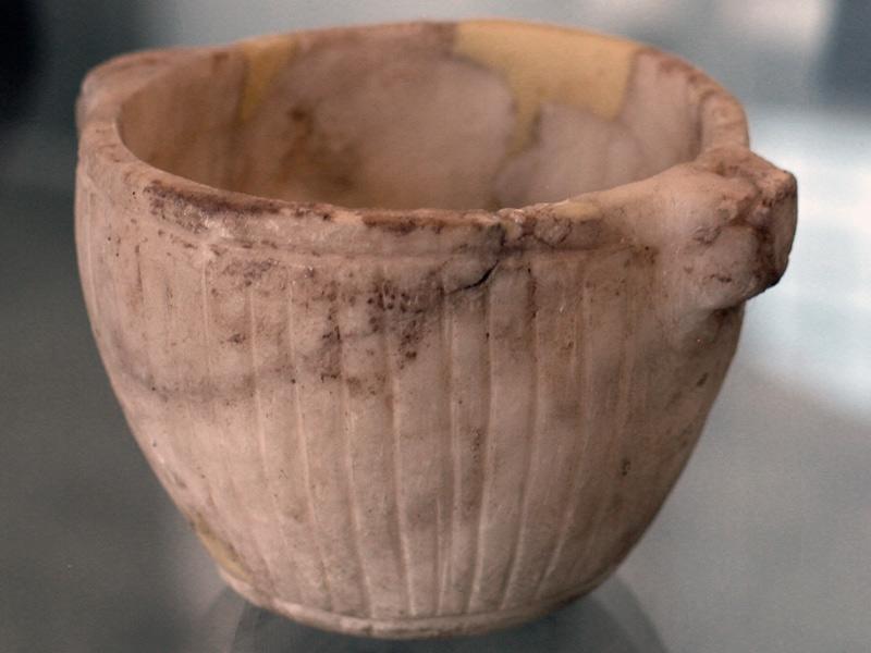 هنر هخامنشی - موزه ملی ایران -ظرف سنگی
