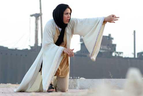 زن شاهنامه خوان (۲)